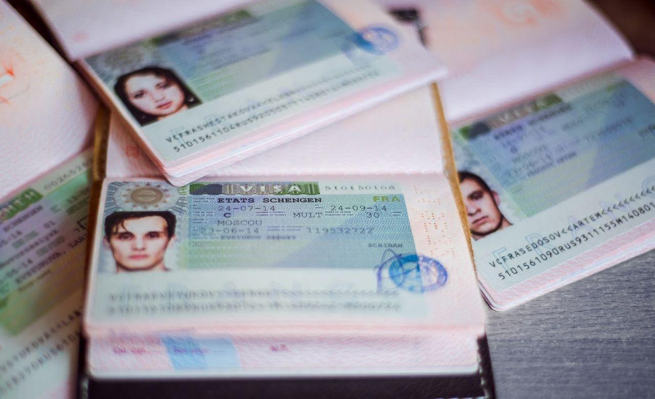 Как и где проверить готовность визы во Францию?